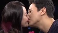 뮤지컬 부부 김소현♥손준호<br>노래 부르다 별안간 키스?!